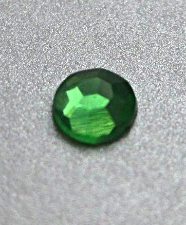 zamówienia hurtowe Cyrkonie okrągłe 5 mm (zielony) - 100 szt.