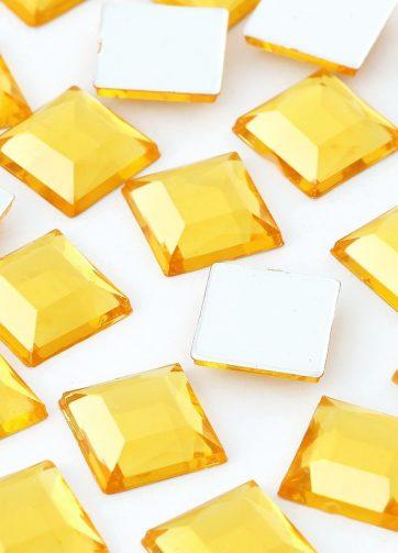 zamówienia hurtowe Cyrkonie kwadratowe 4 x 4 mm (złote) - 176 szt.